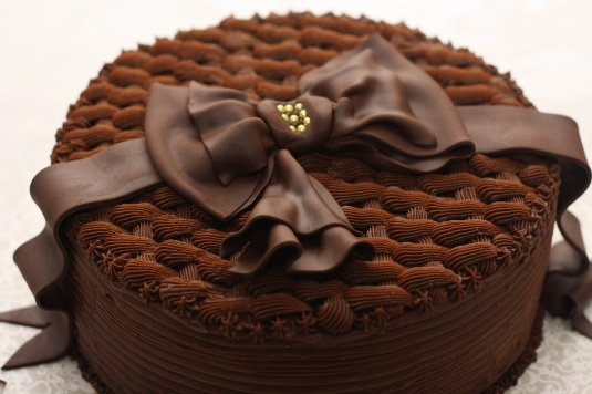 homemade-chocolate-birthday-cake